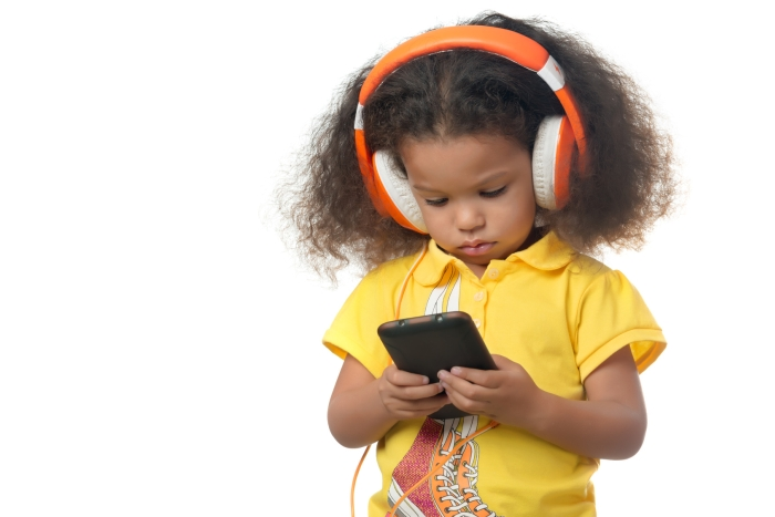 Childrens Medical Group Children and Cell Phones